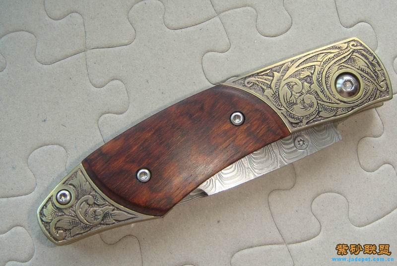 刀柄 钛合金一体铣出柄 阳极电解成金黄色  贴片 蛇纹木